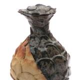 Arabica - vaselignende objekt med rund krop, højde 13 cm, diameter 9 cm