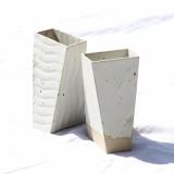 Hvide tårnvaser